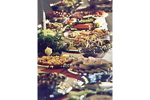 CATERERS & WEDDING ORGANIZERS