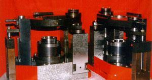 Hydraulic fixture for drilling and boring